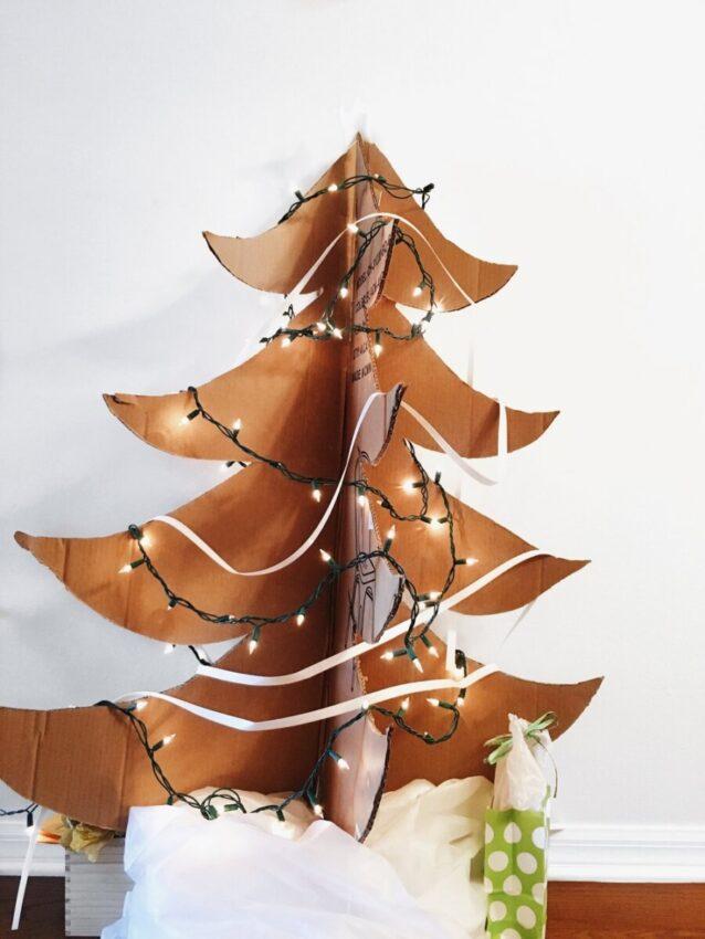 Sapin de Noël en carton à faire soit même